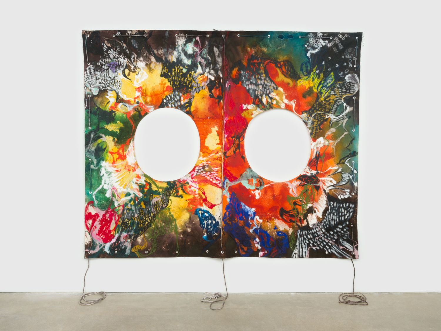 NaotakaHiro  Untitled (Sol)  2018 Canvas, fabric dye, oil pastel, rope and grommets 84h x 108w in NaoH040