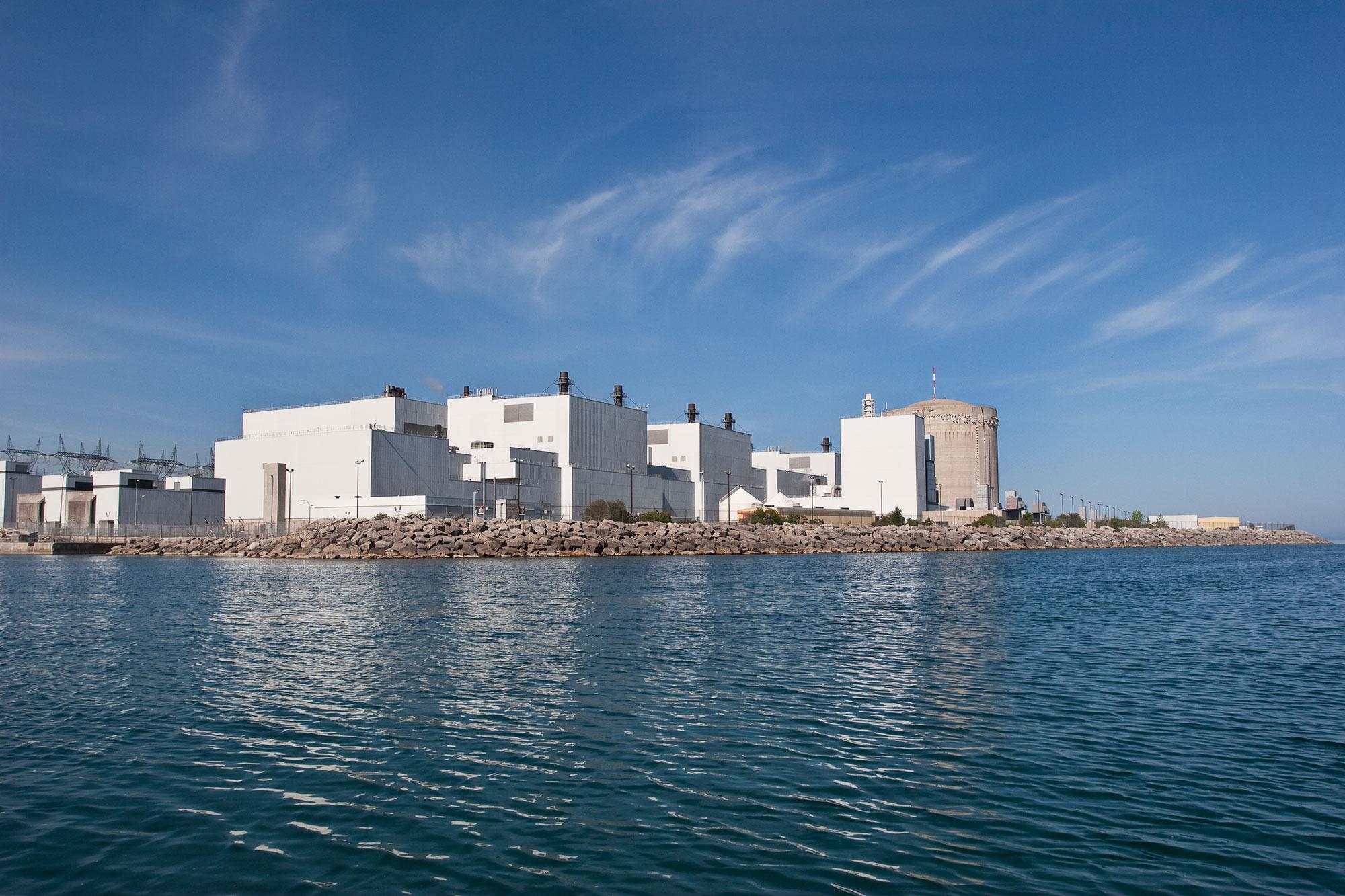 Darlington Nuclear Generating Station on the shores of Lake Ontario. (Photo via Greenpeace Canada)