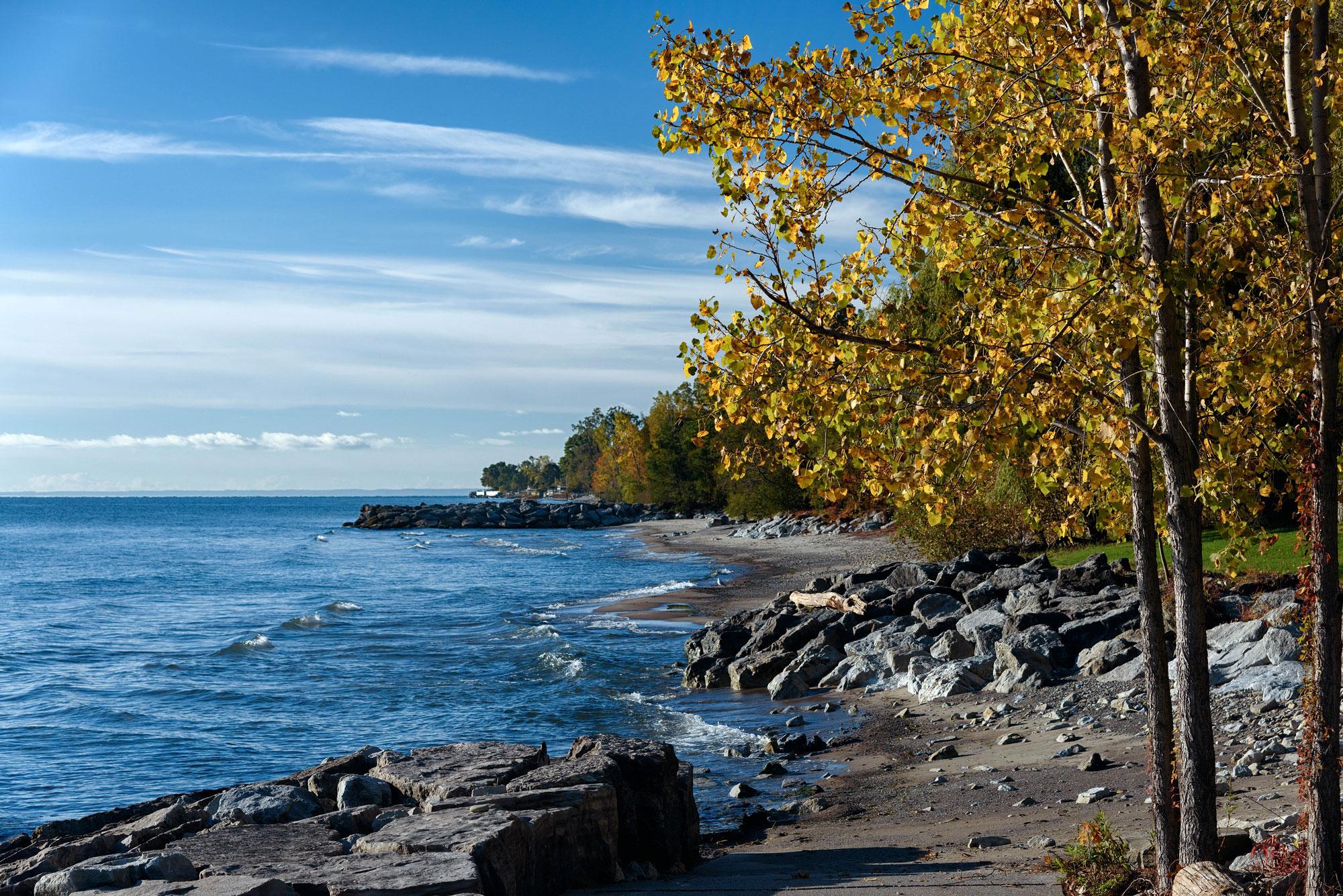 Lake Ontario shoreline at Jack Darling park in Mississauga, Ontario. (Photo via  Joe deSousa )