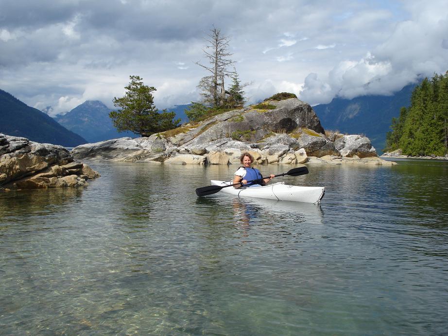 Nina kayaking in Desolation Sound, BC. (Image via Nina Munteanu)
