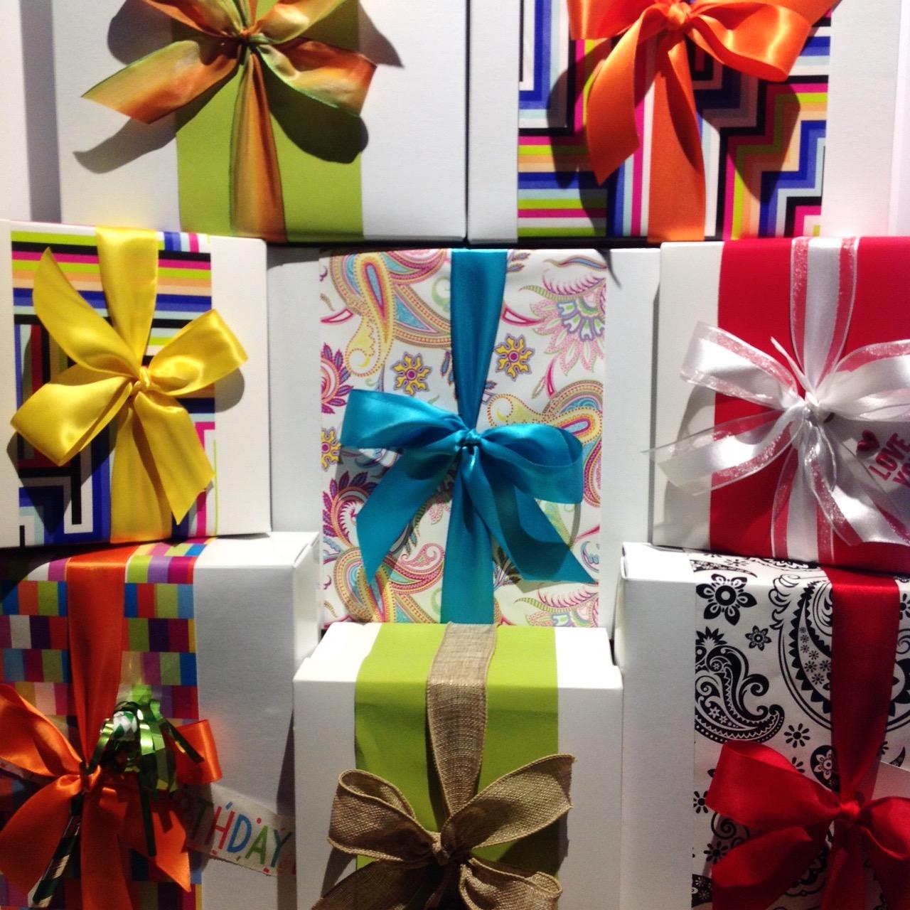 present-los-altos-gift-store-custom-gift-boxes.JPG
