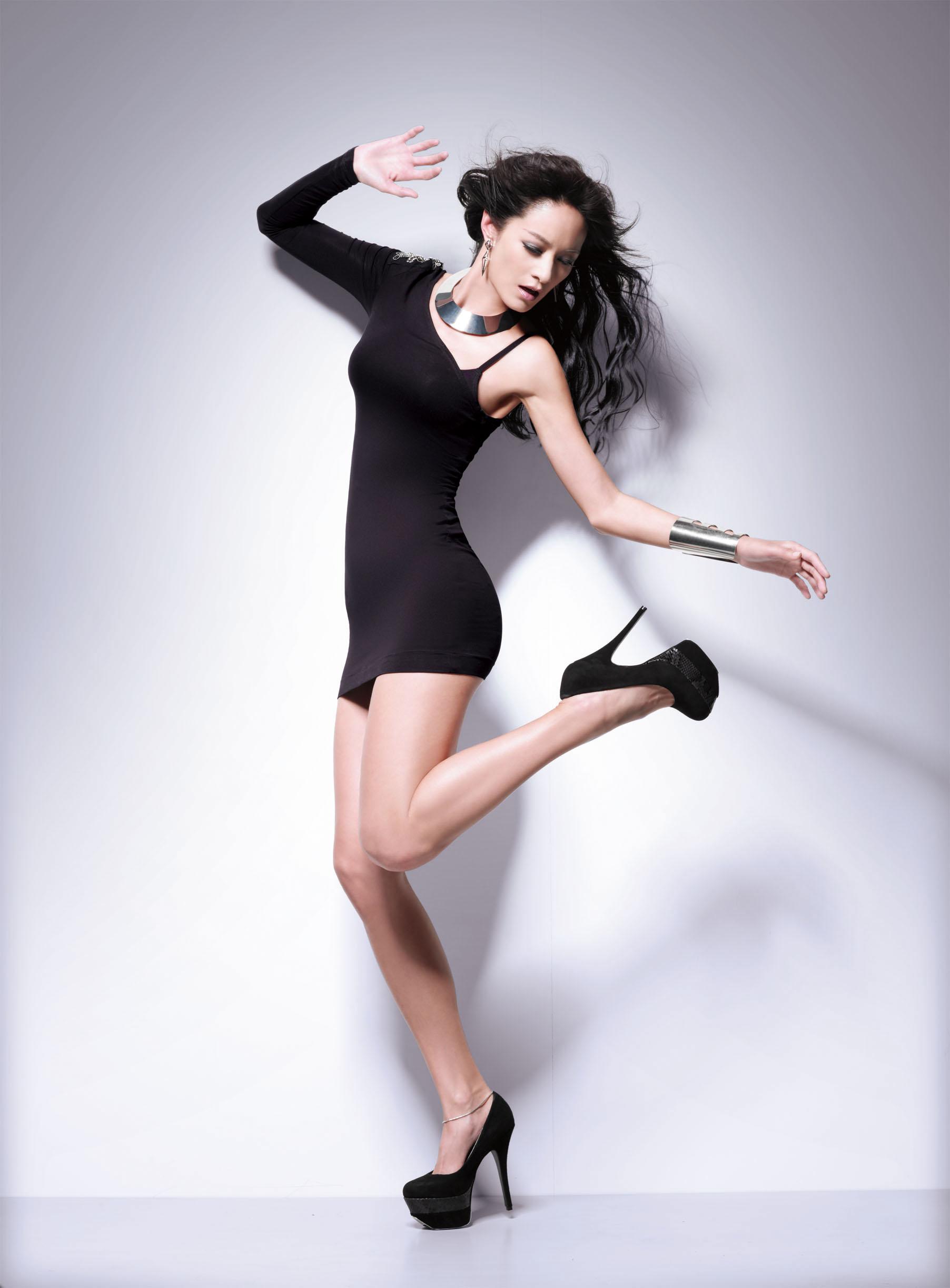 black heels.jpg