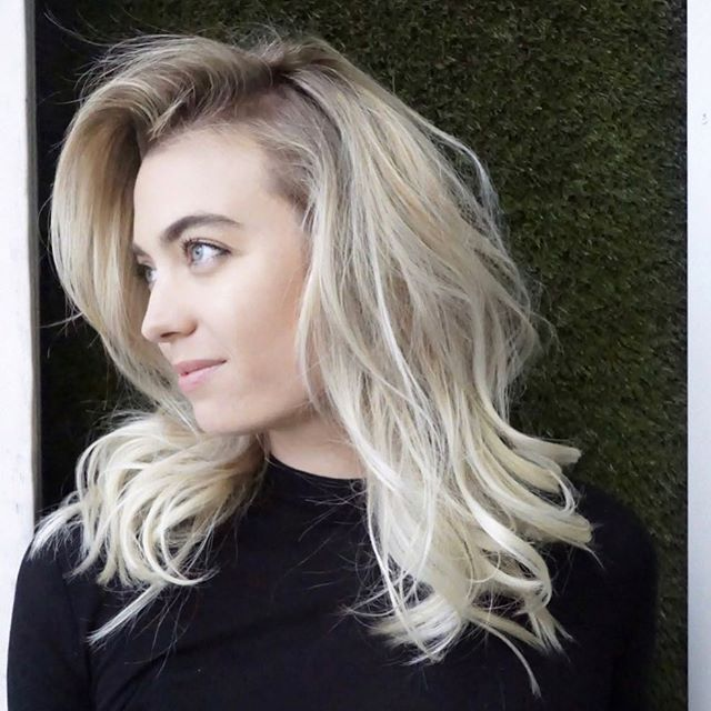 @breatoe is quite lovely... her hair is too. 🤩💖 #hairbymarissacydya using @wellahair @olaplex @randco #haircolor #haircut + #hairstyle