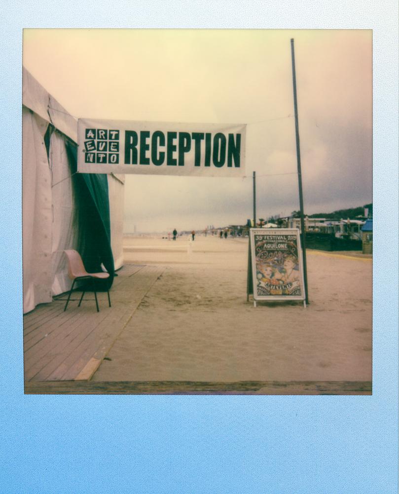 polaroid summer blues edition one step 2 andrea giacomelli fotografo