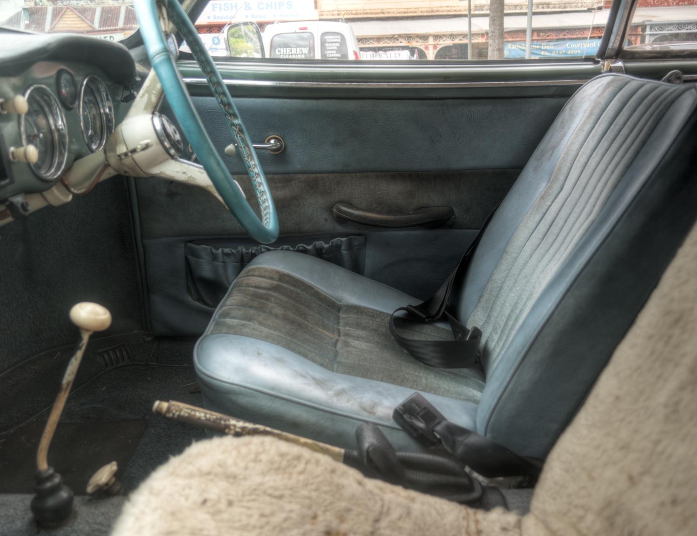 Karmann Ghia Interior.jpg