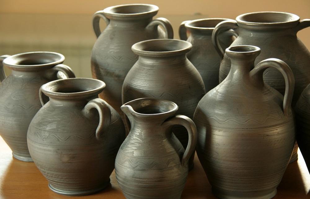 Grey_pottery_polish_handicraft_shapes2jpg_1.jpg