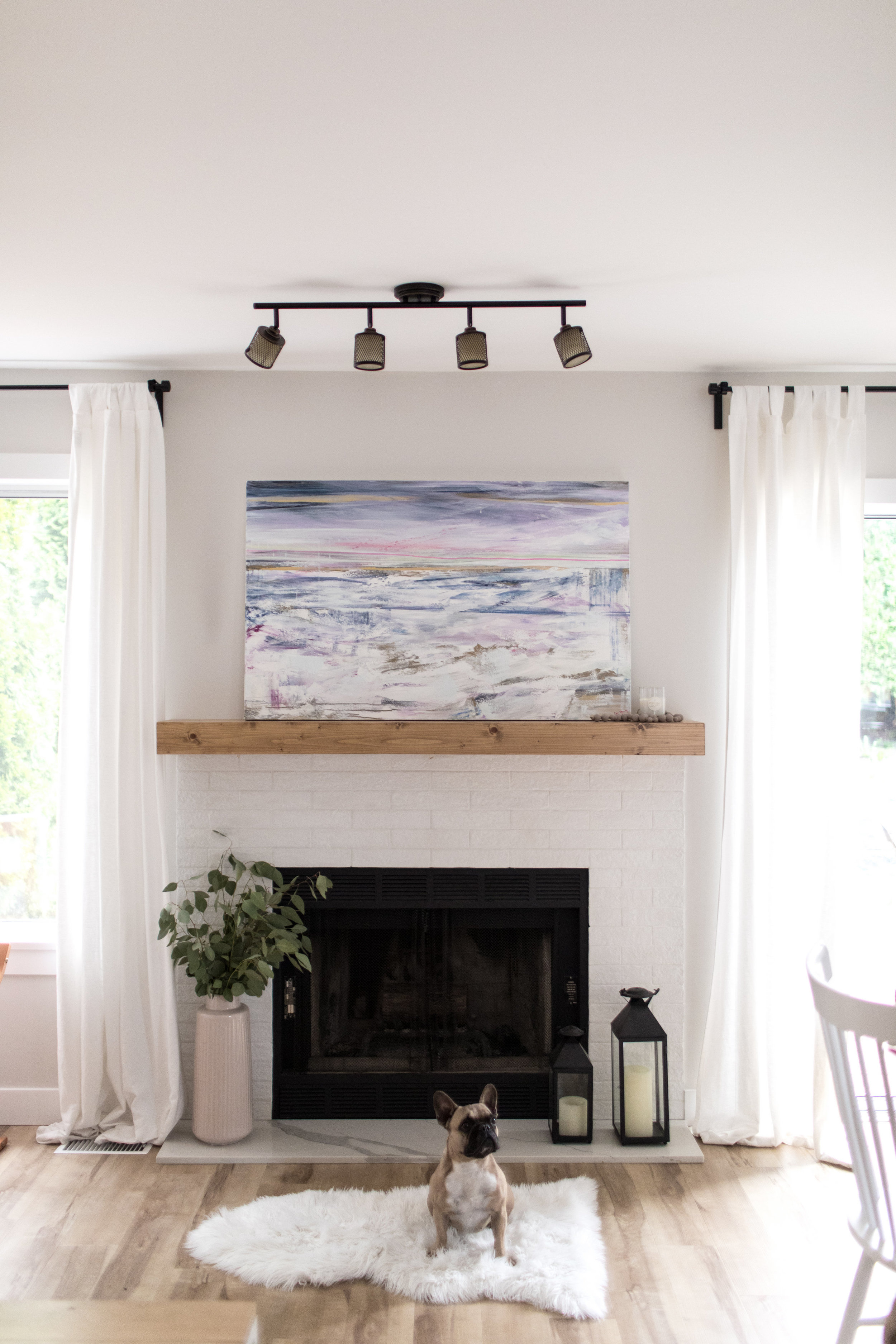 Dana/Mooney/Vancouver/Artist/Change/is/Near/Styled/Living/Room/Fireplace
