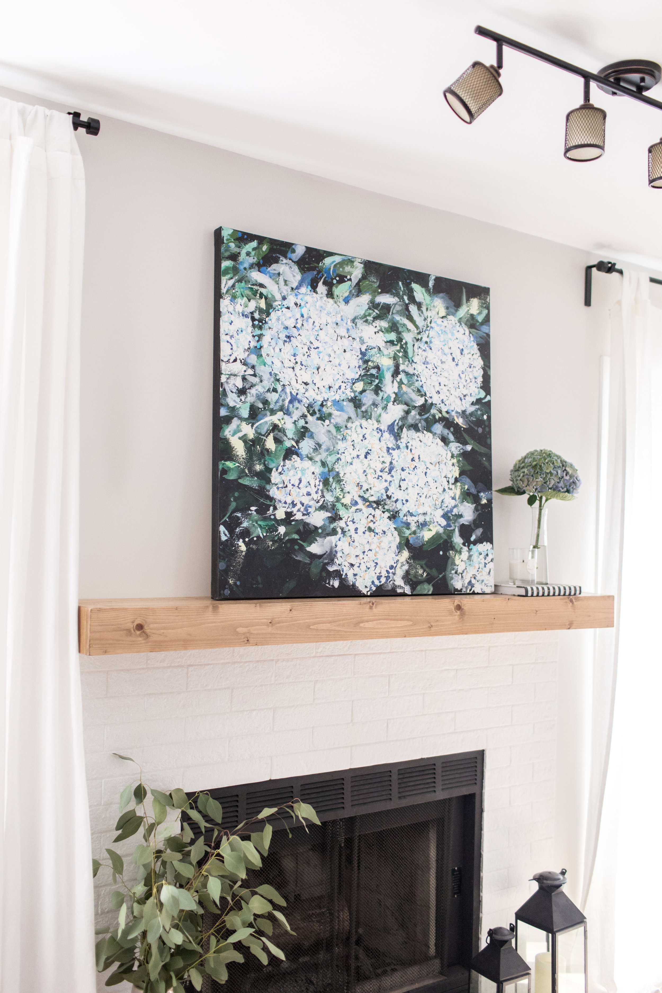 Dana/Mooney/Vancouver/Artist/Frilled/Petals/Styled/Living/Room/Fireplace