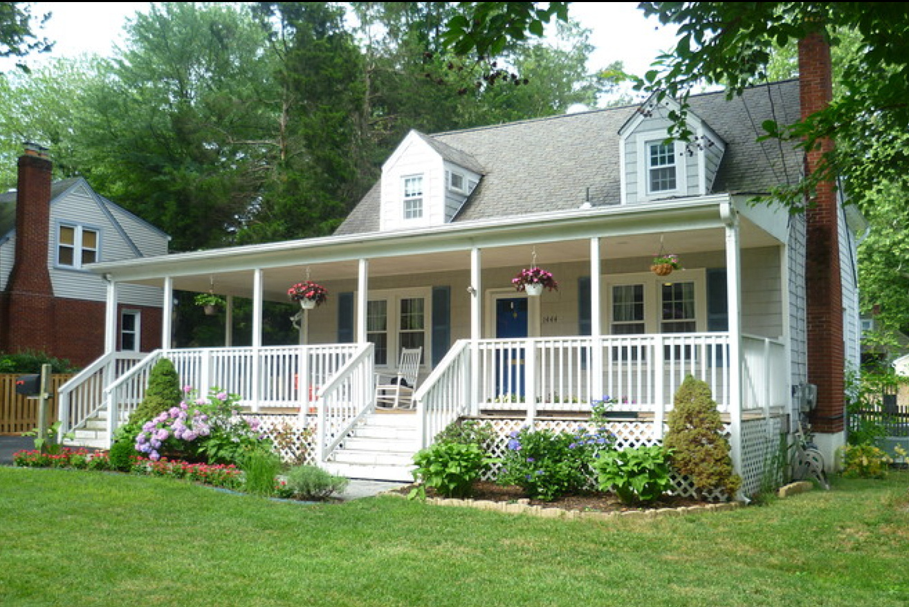 PHOTO CREDIT: Above is a home in McLean, Va., that is also featured in 'Argo. It was the home of Mr. Affleck's fictional wife and son shown at the end of the film. Photo is from  here  .