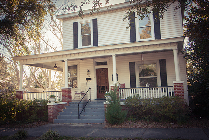 PHOTO CREDIT: This is a historic home in Southport, North Carolina, used as the film location for Alex's house in  Safe Haven . Photo is by Sarah Le for LocationsHub.com.