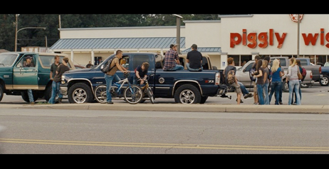 PHOTO CREDIT: Above screenshot is from a scene in front of the Piggly Wiggly.