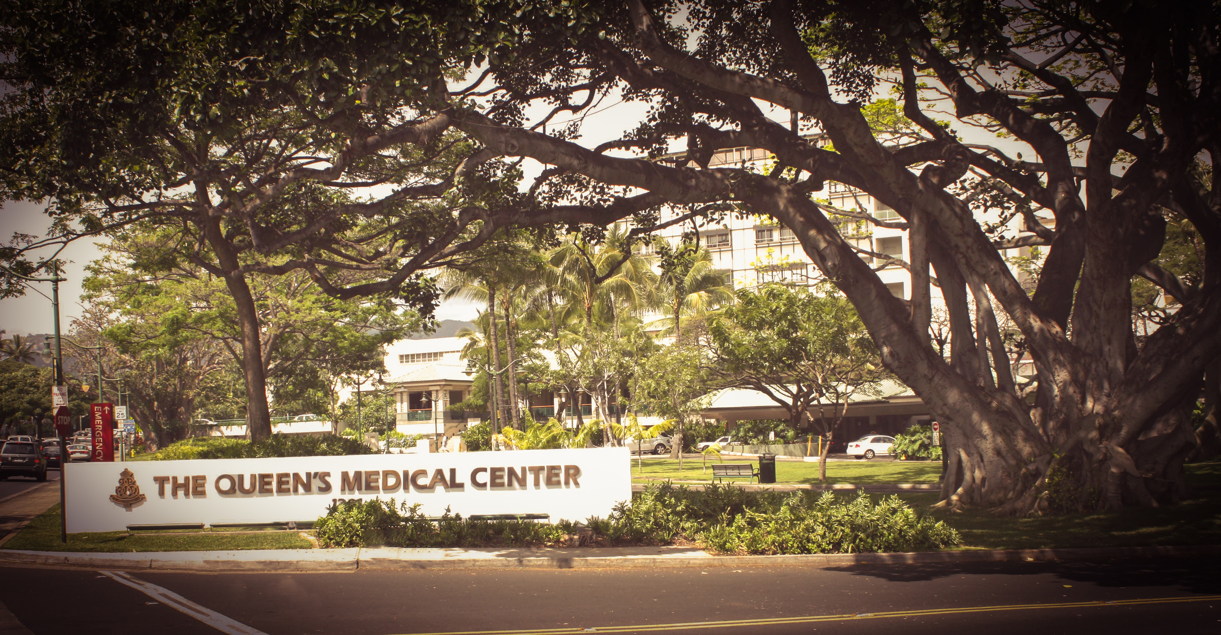 PHOTO CREDIT: Above photo of the Queen's Medical Center via  Google .
