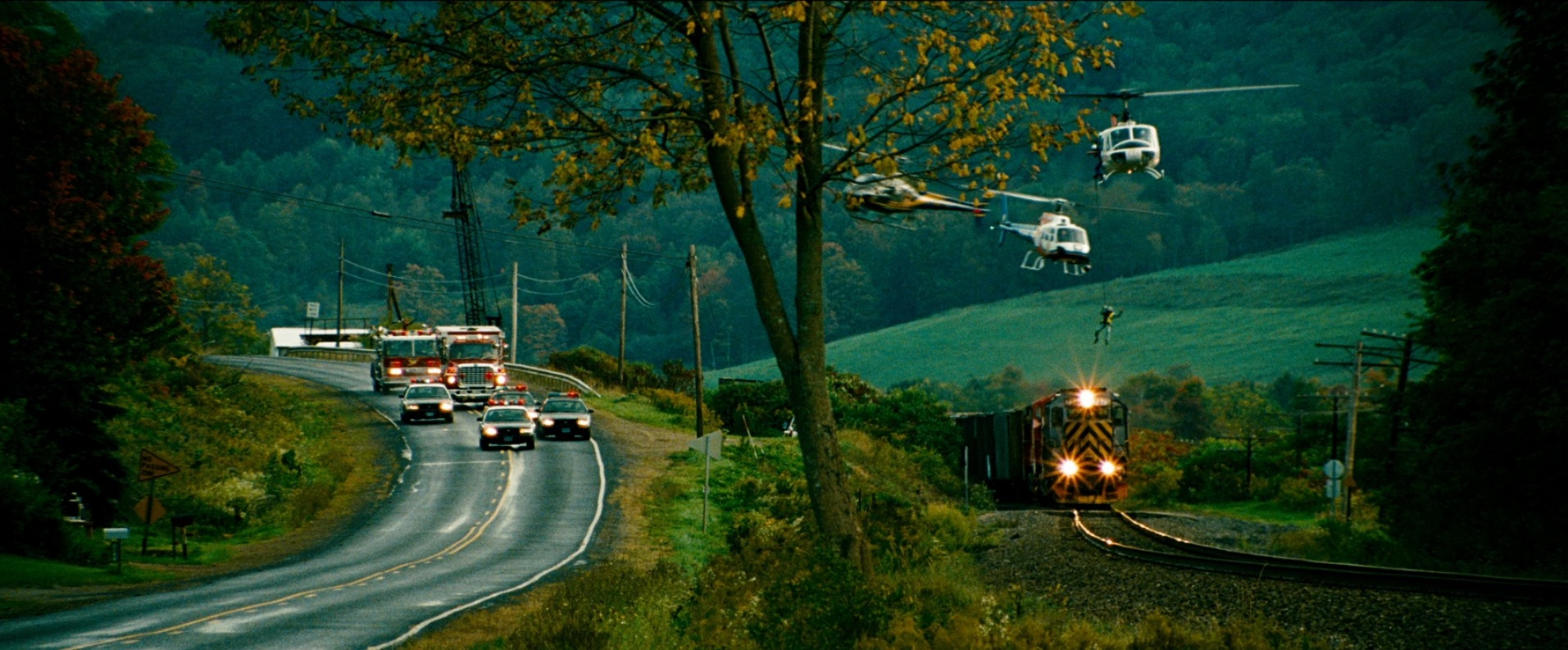 Image from  Unstoppable  (filmed in Pittsburgh, Pennsylvania) via  Google.