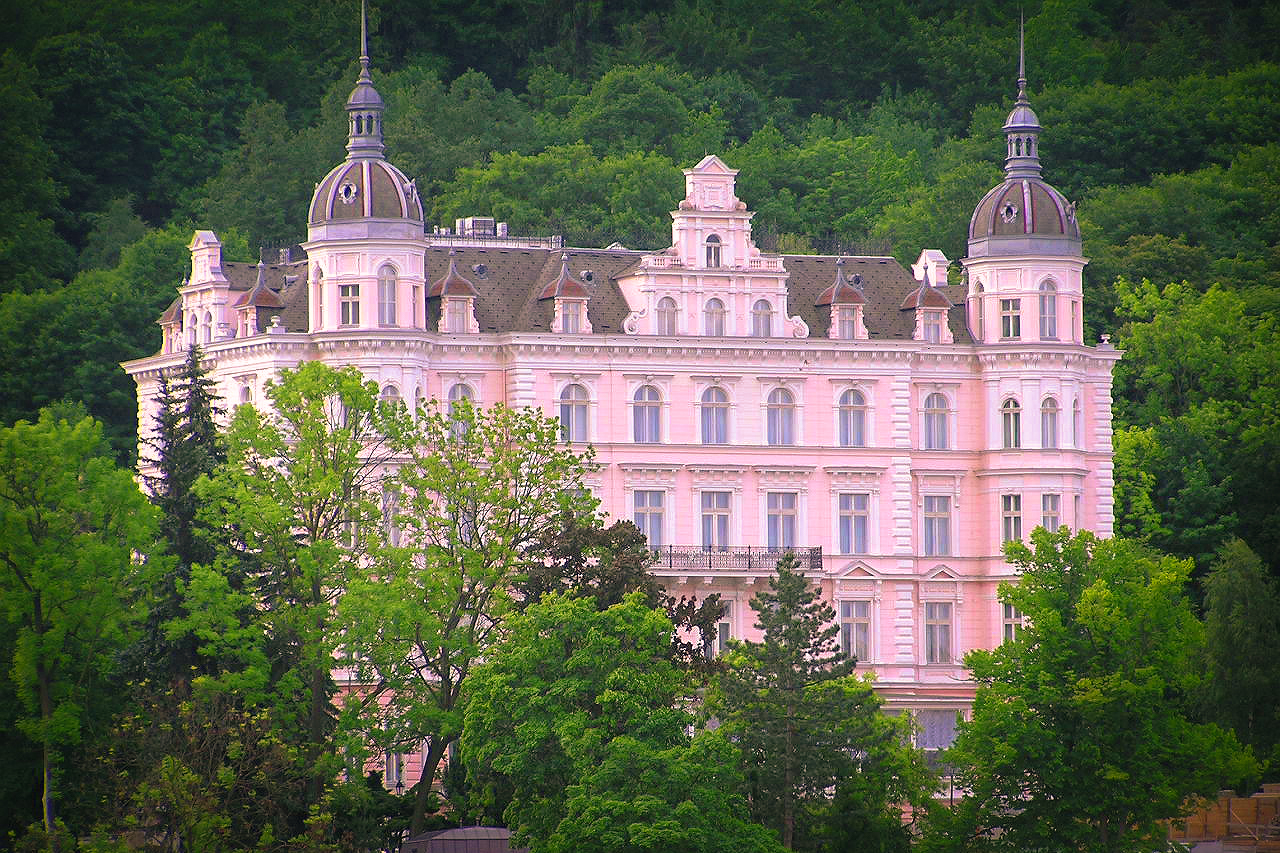 The Palace Bristol Hotel, another inspiration for Wes Anderson's  The Grand Budapest Hotel  - image via  Google .