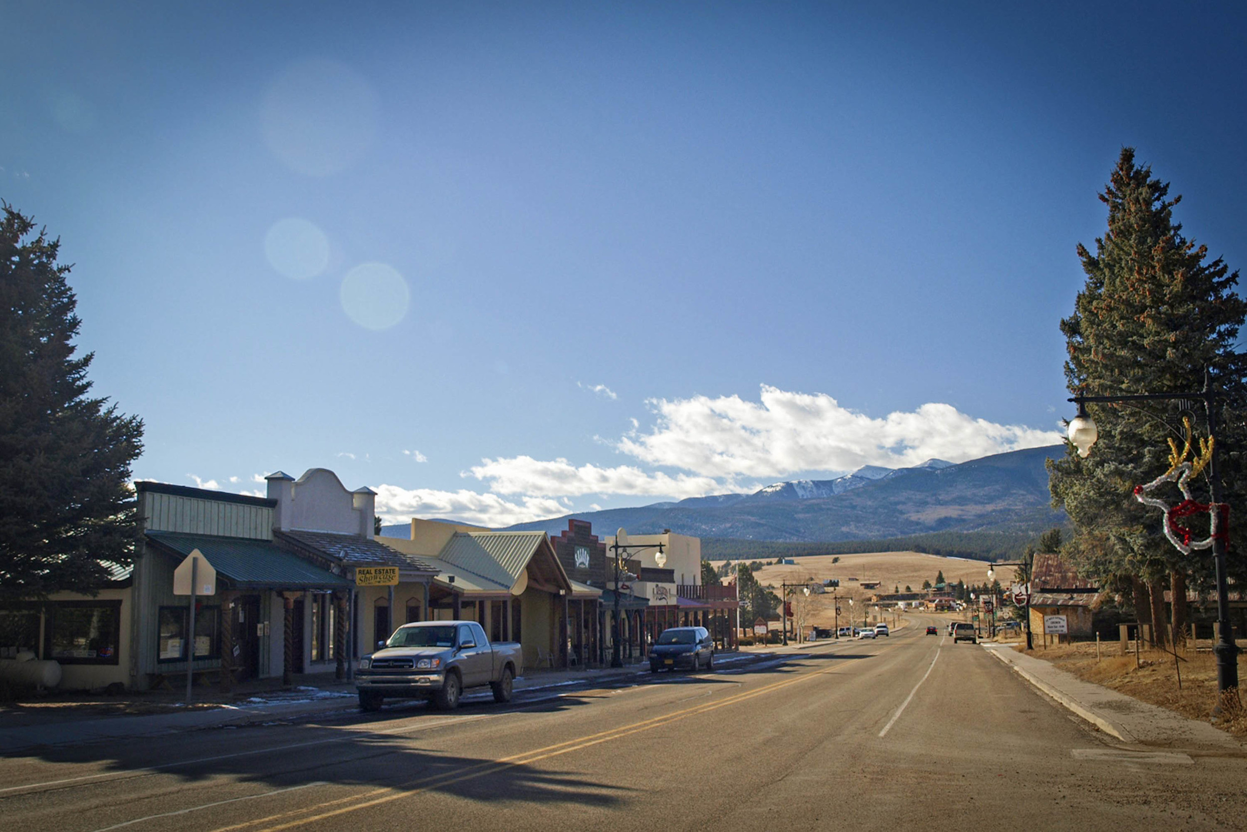 Eagle Nest, New Mexico - one of the film locations of  Longmire -  image via the  New Mexico Film Office .