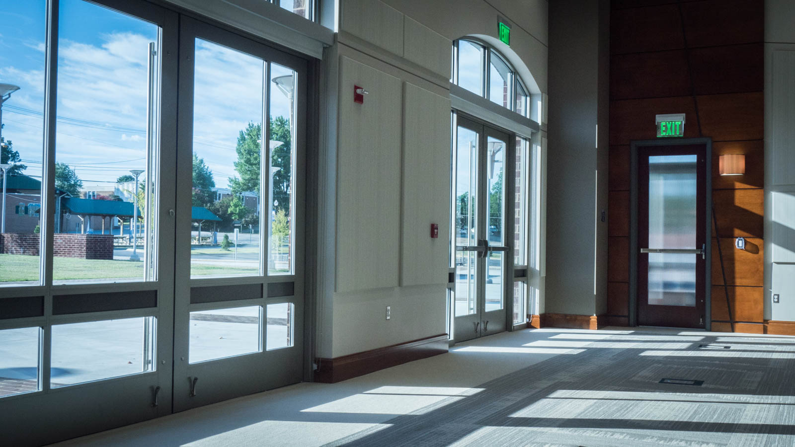 The doors leading from the Lecture Hall/Grand Hall to the terrace are large enough for a car to go through.