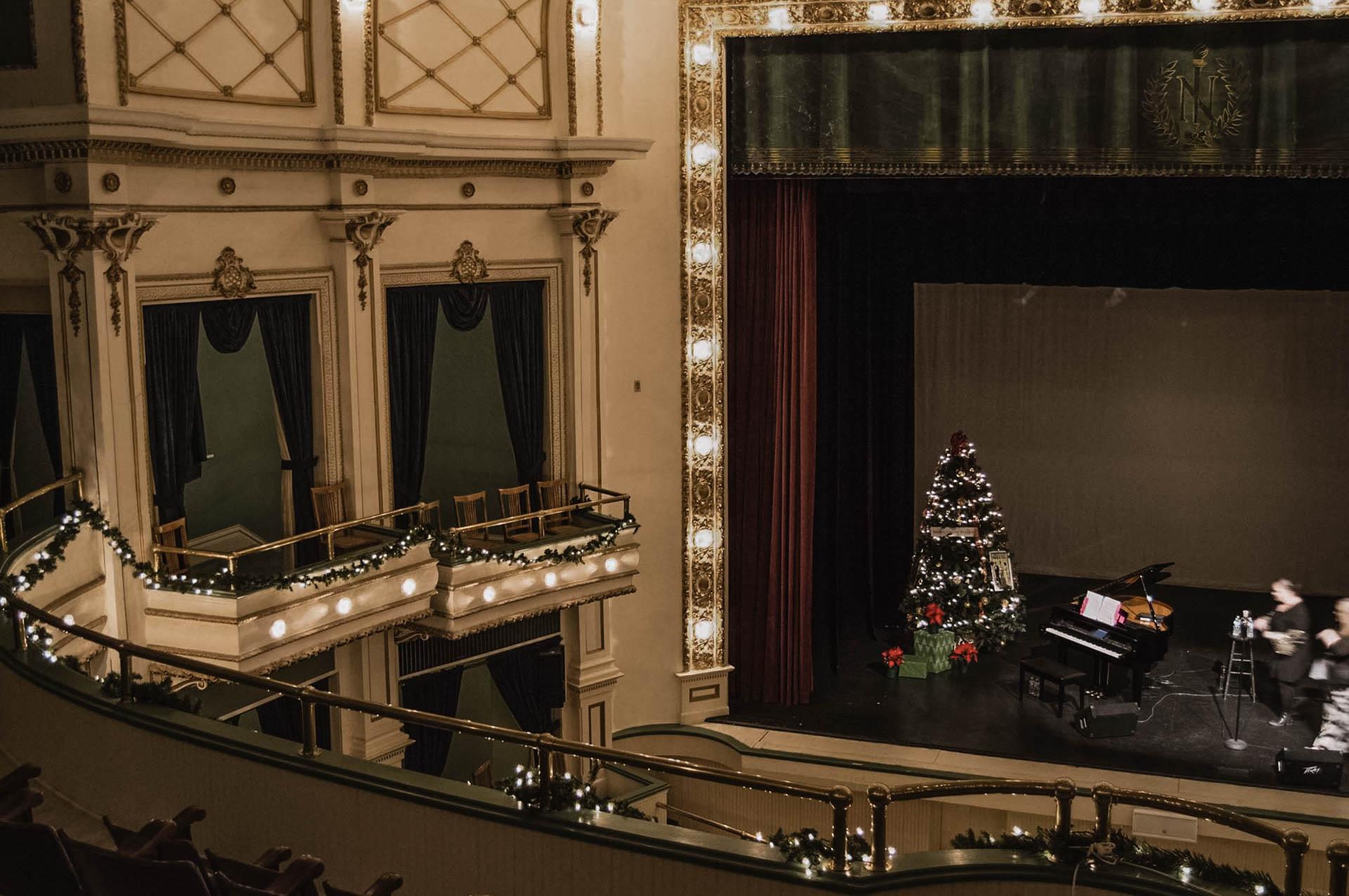theater-12.jpg