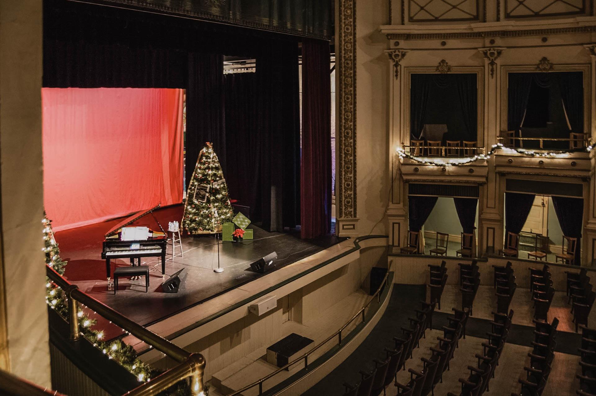 theater-14.jpg