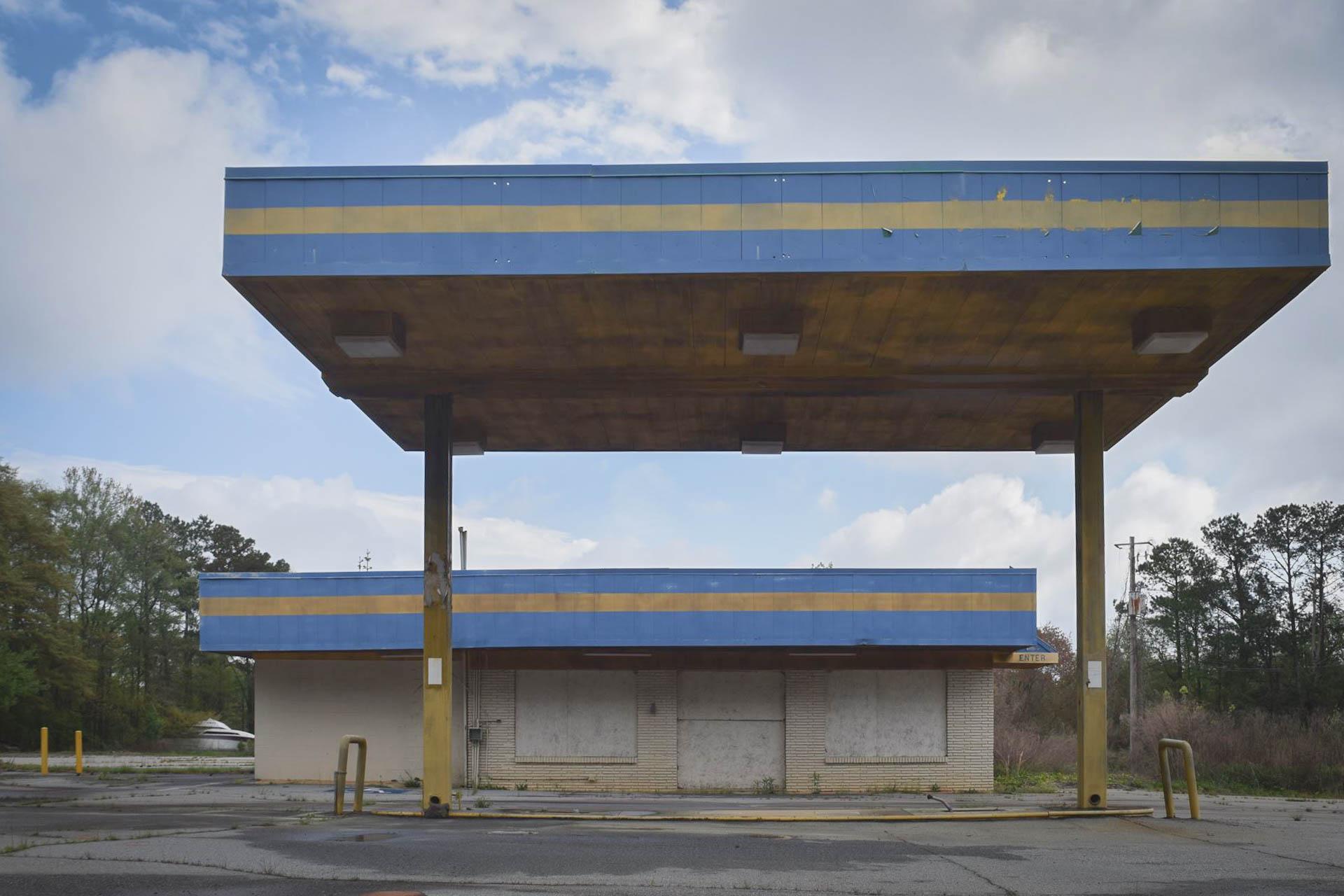 gasstation-15.jpg