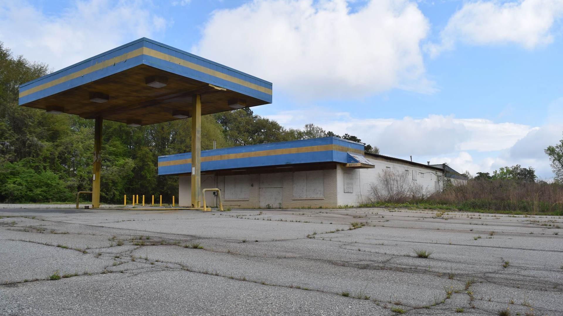 gasstation-14.jpg