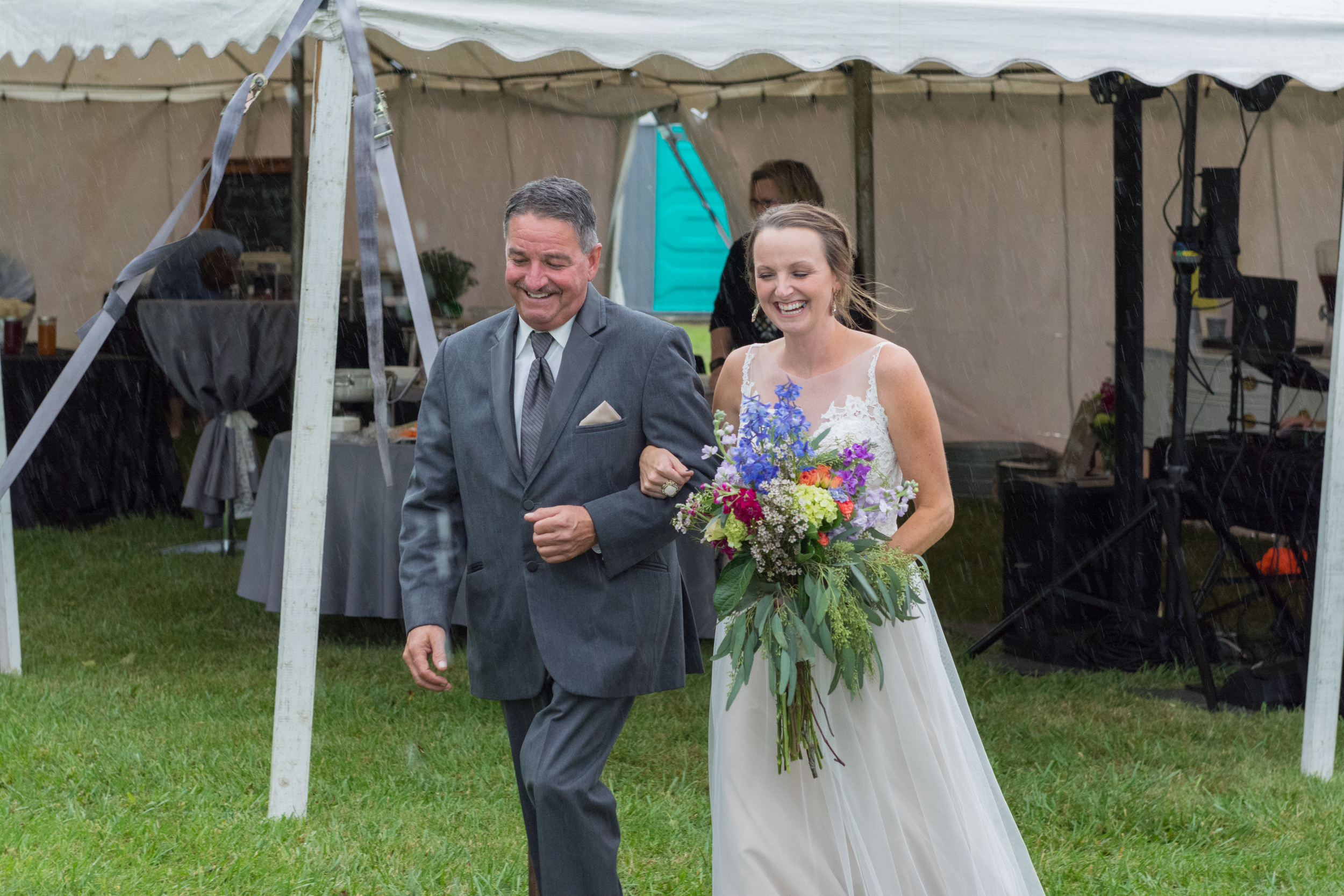 Life_by_pictures_photography dick wedding mount sterling ohio september_9.jpg