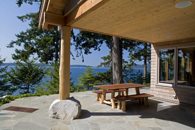 Modern Summer Home on Blakely Island - Outdoor Patio