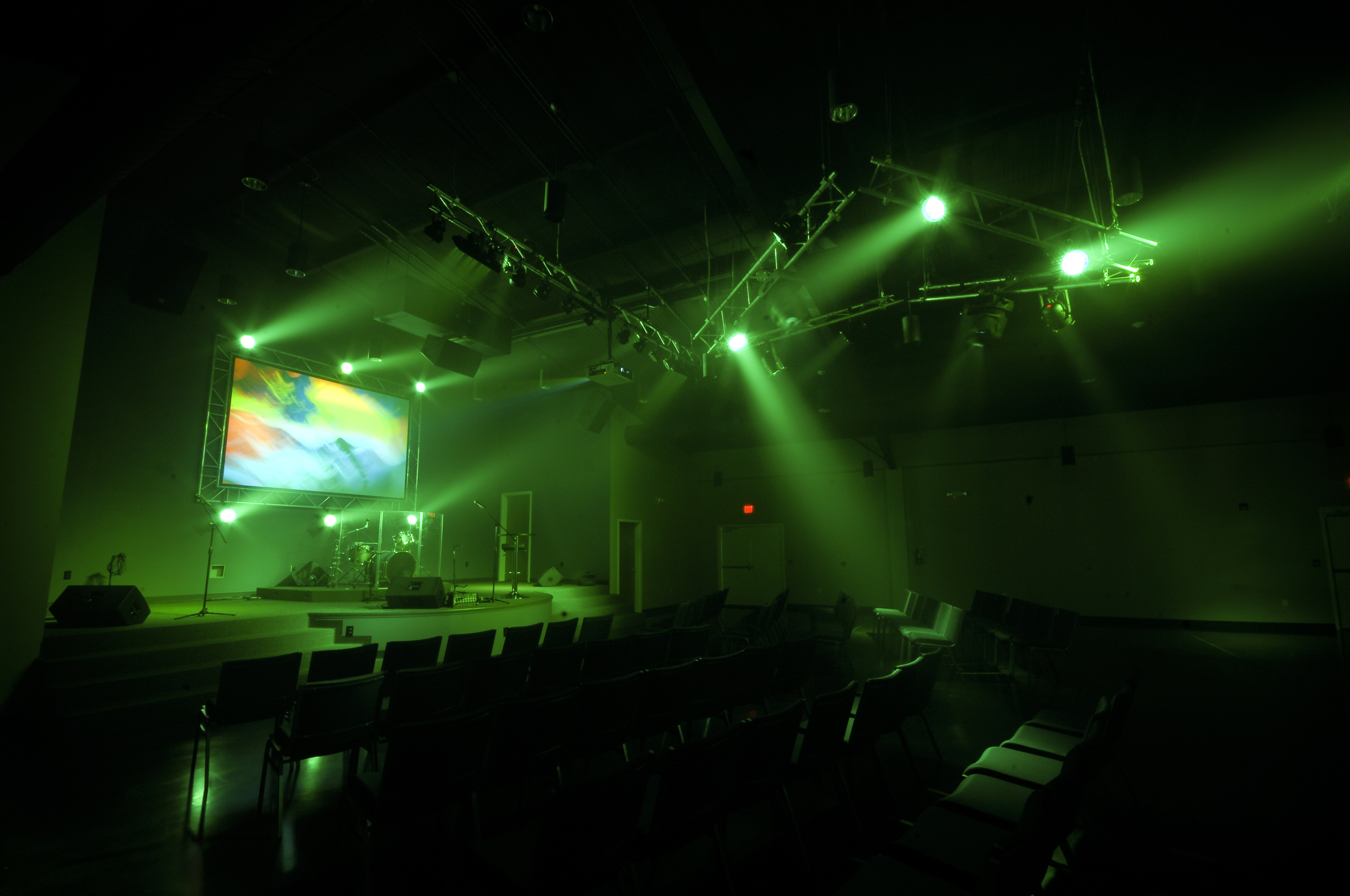 Wynndale_audiovisual_design_church_youth.jpg