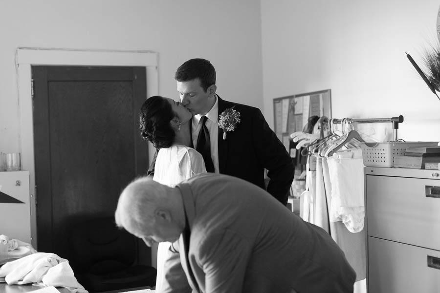 kateweinsteinphoto_beckytim_wedding458.jpg