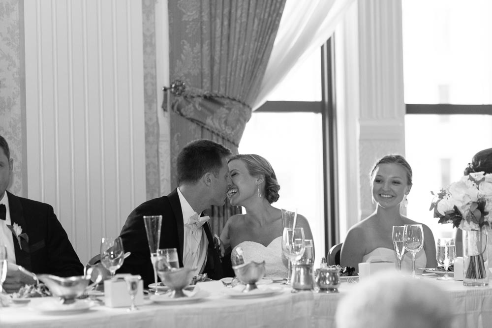kateweinsteinphoto_milwaukee_pfister_hotel_wedding-178.jpg