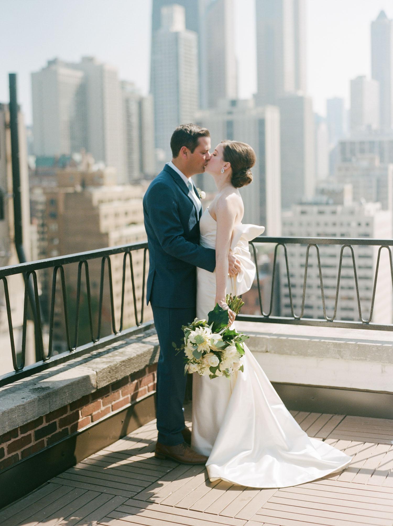 kateweinsteinphoto_cafe_brauer_chicago_wedding-112.jpg