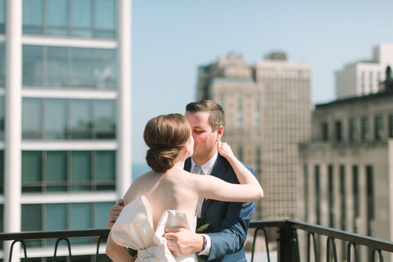 kateweinsteinphoto_cafe_brauer_chicago_wedding-136.jpg