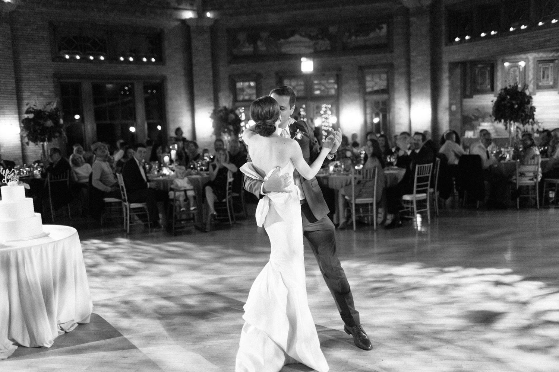 kateweinsteinphoto_cafe_brauer_chicago_wedding-190.jpg