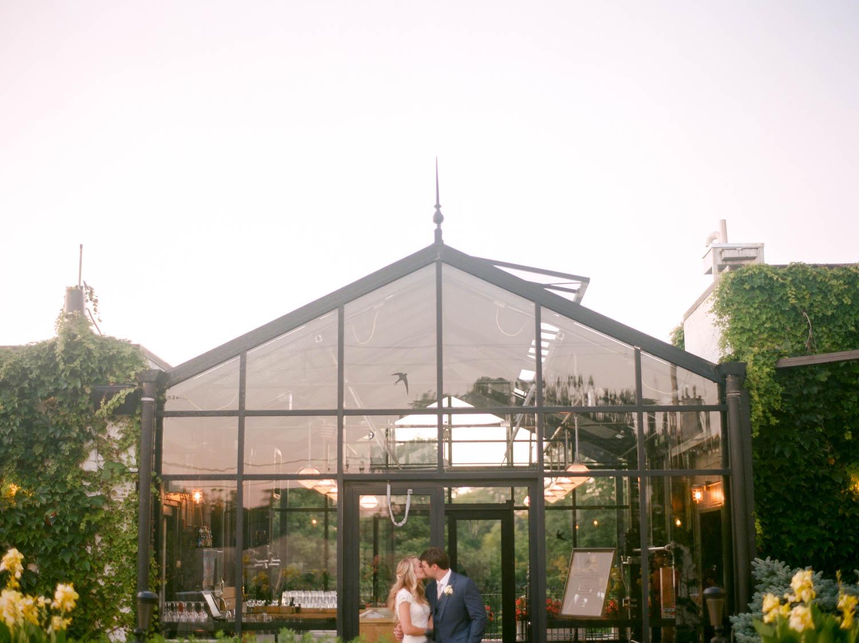 kateweinsteinphoto_kimpton_milwaukee_the_atrium_wedding-240.jpg