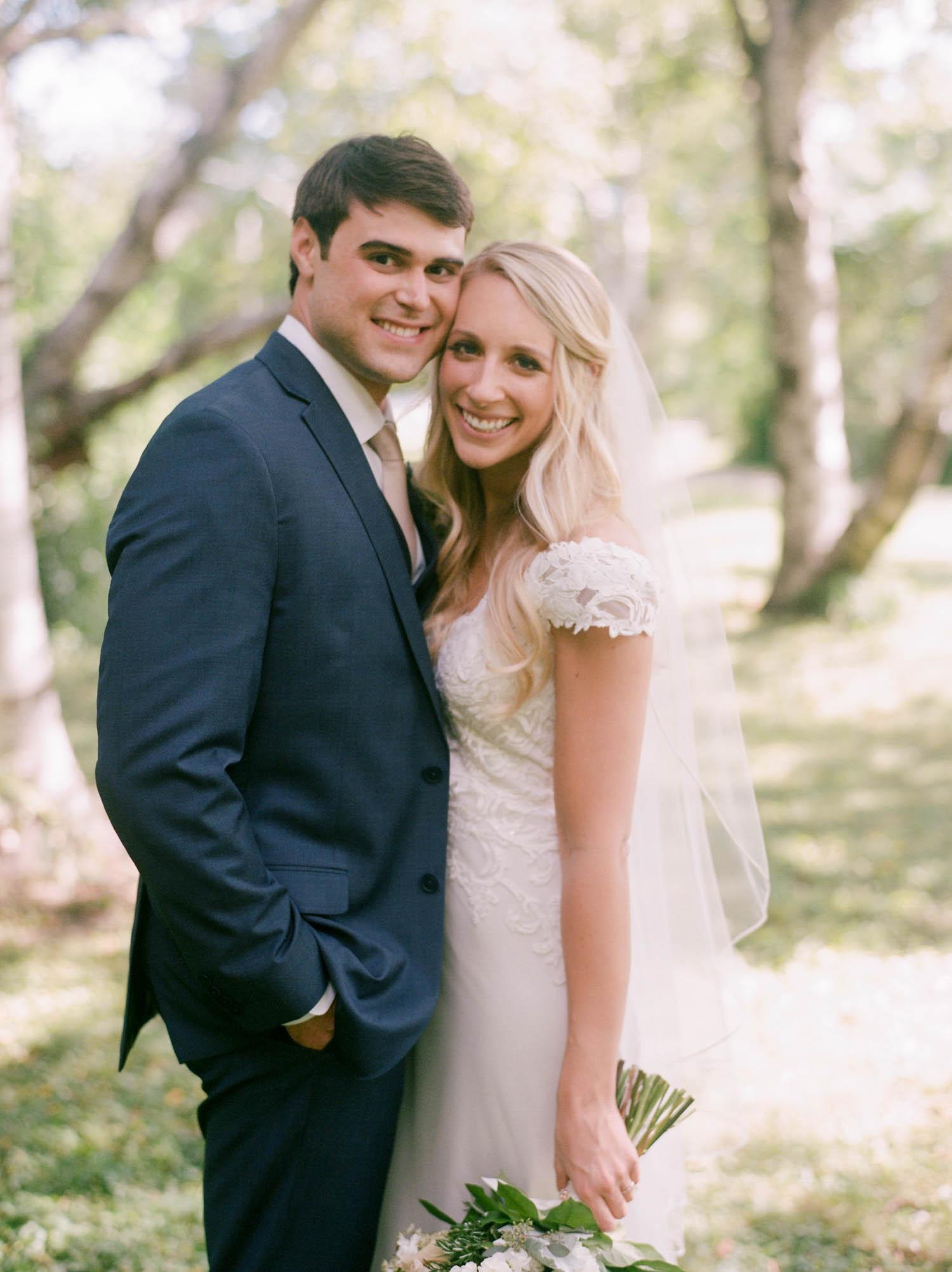 kateweinsteinphoto_kimpton_milwaukee_the_atrium_wedding-191.jpg