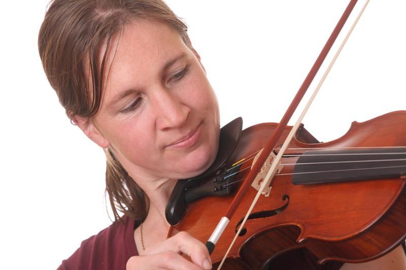 Violinist- canstockphoto10877671.jpg