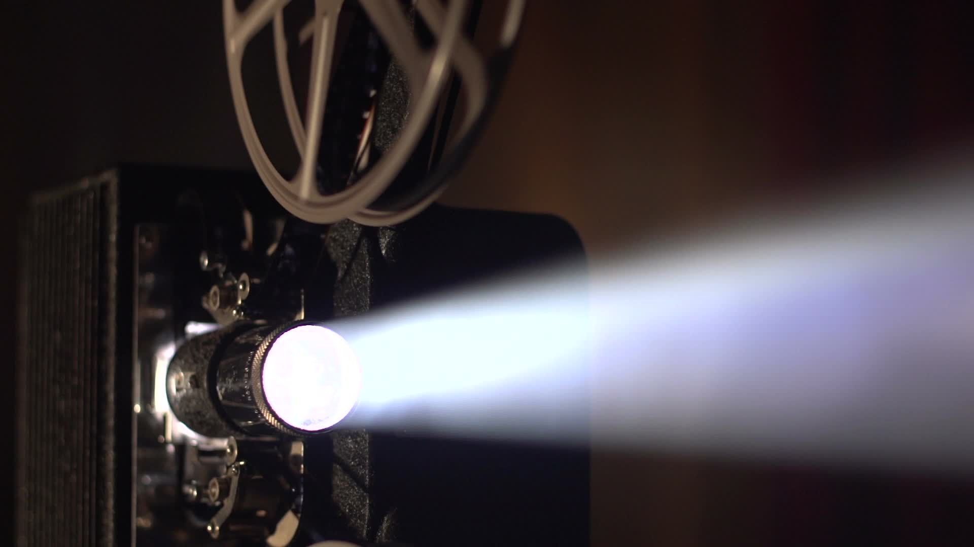film-projector-lens-and-light-footage-024706786_prevstill.jpeg