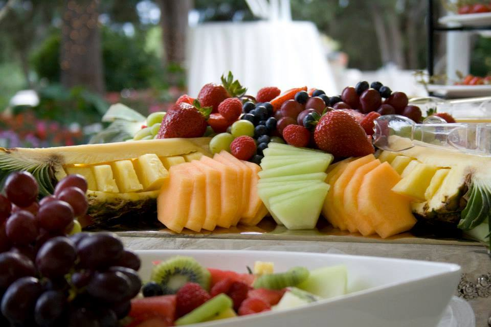 fruit-platter-summer-wedding.jpg