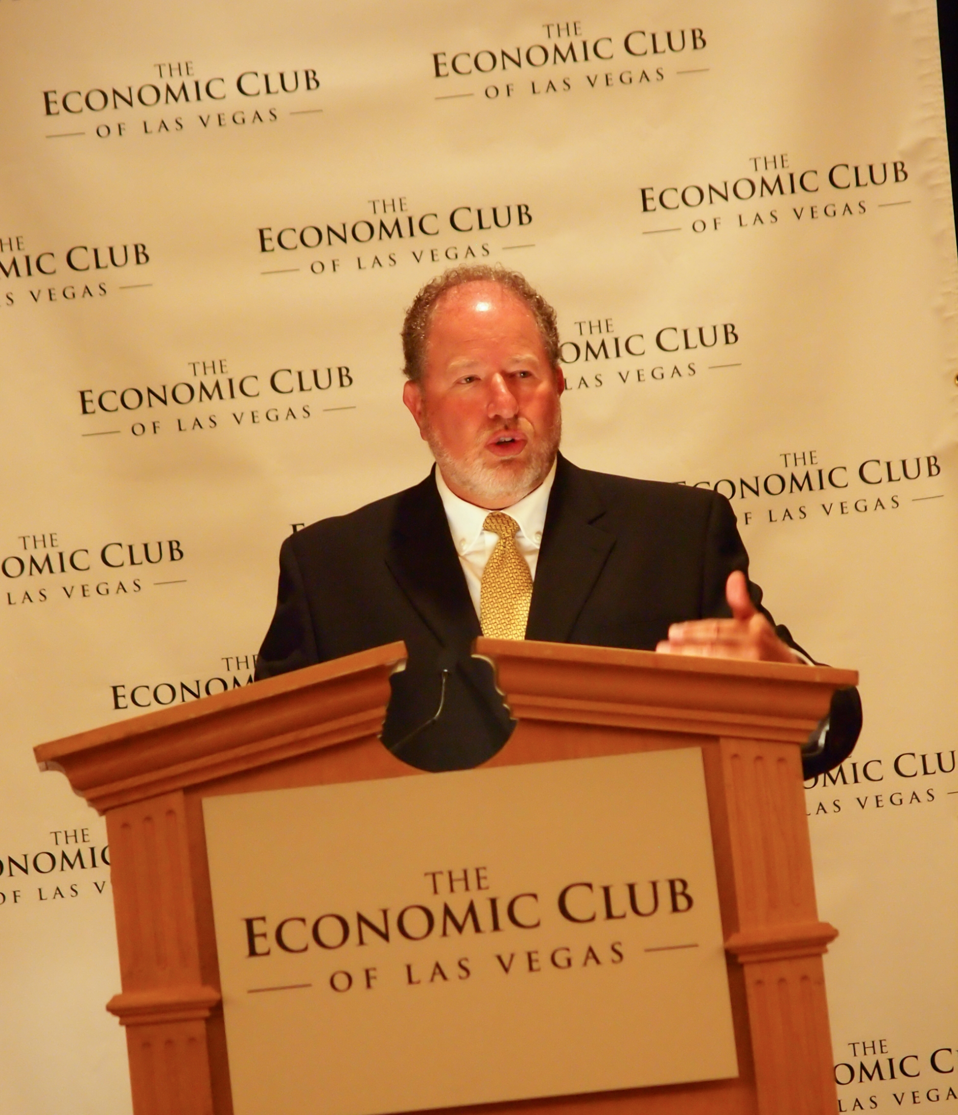 William Strauss - Federal Reserve Bank of Chicago