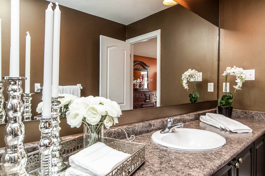 Barrie Home Staging Bathroom.jpg