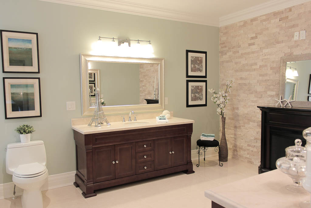 Barrie Home Staging Bathroom3.jpg