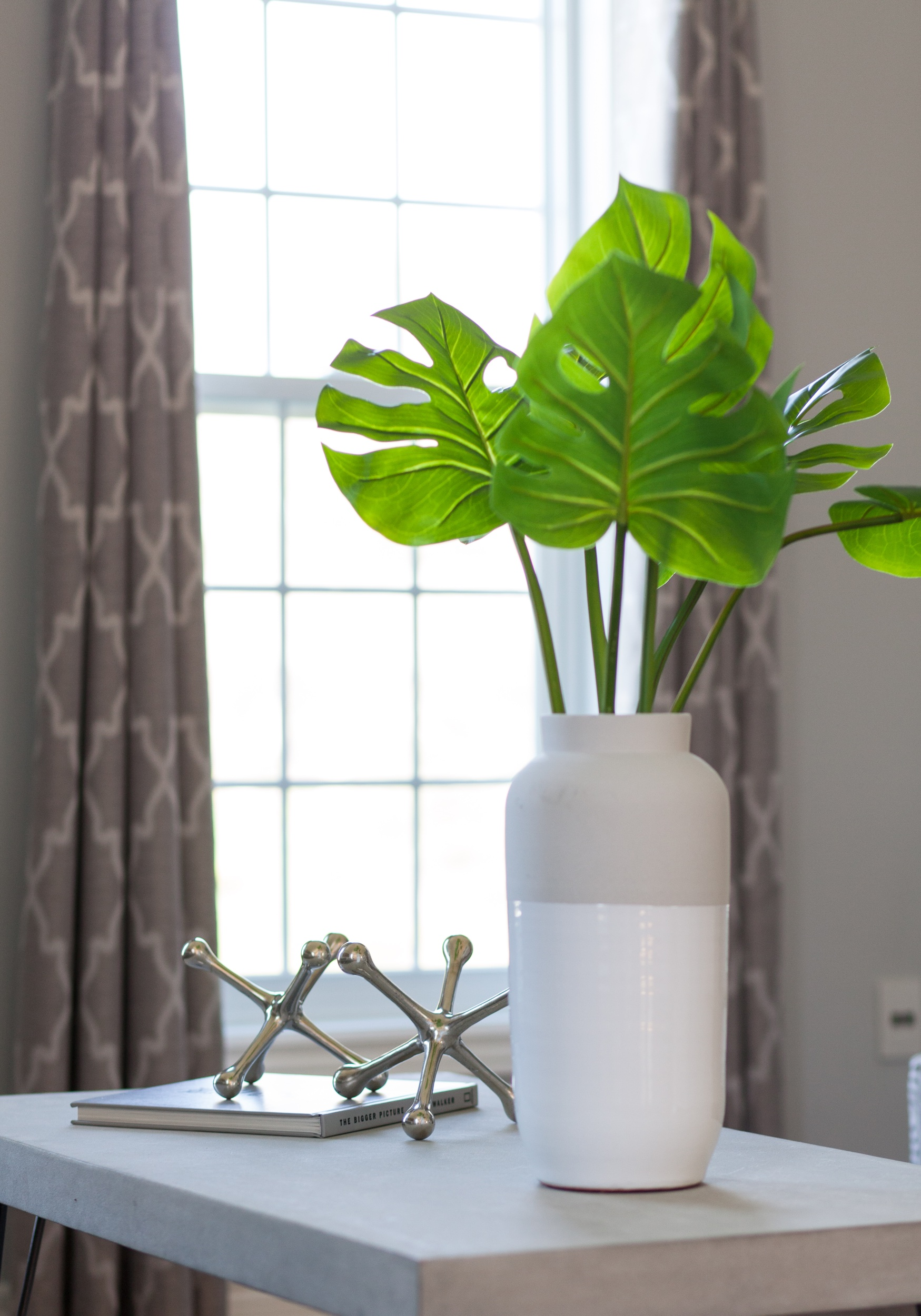 Fresh green in light, bright vase