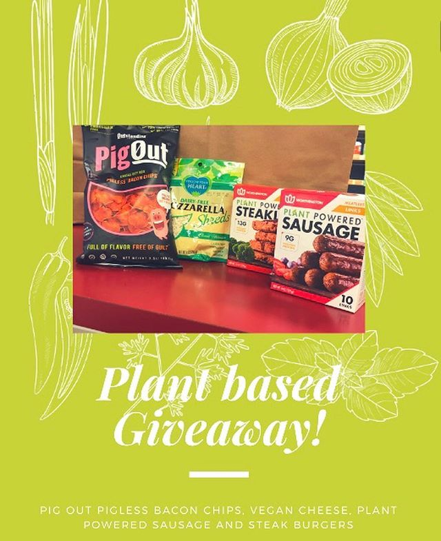 ONLY 4 DAYS LEFT!! ✨ ✨ ⭐️🌱GIVEAWAY TIME🌱⭐️ one lucky winner will receive this awesome plant based (not vegan) basket! Here's how you can enter to win: ✨ ✨ ✨  1. Make sure you are following us @peoplesgrocerycoop + like this pic  2. Add this post to your Instagram story and tag us!  3. Tag 3 plant loving friends in the comments  4. (BONUS ENTRY) follow us on both Facebook and Twitter ✨ ✨ Giveaway will close this Sunday (4/28) at 12:00 pm! Winner will be selected randomly and will be announced at 5 pm on the 28th and will have 24 hours to claim the bundle! (a direct message will also be sent to you!) #plant based #peoplesgrocerycoop #healthyfood 🌿GOOD LUCK!!🌿