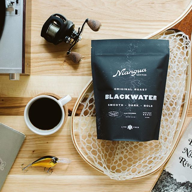 Branding and packaging for the greatest of people at @nianguacoffee. I'm no coffee expert but this stuff definitely tastes like coffee. Trust me I've tried it. // Follow along for good stuff from them coming soon!