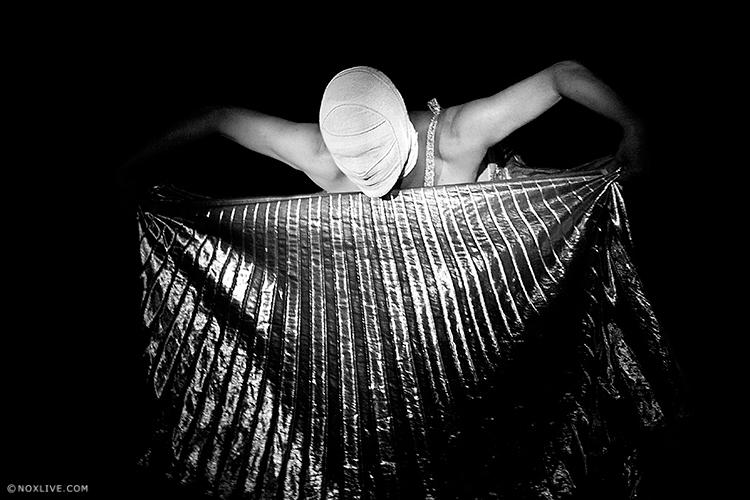 Titulo: Francament  Cia: Marta Carrasco  Fotos: noxlive.com  Año: 2013