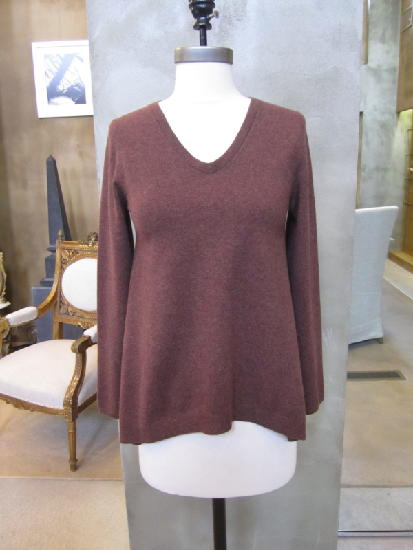 Luxurious Brunello Cucinelli 100% Cashmere Fox Trapeze V-Neck Sweater.  Made in Italy.  Available in Small.  Originally $1545 and is now $618.
