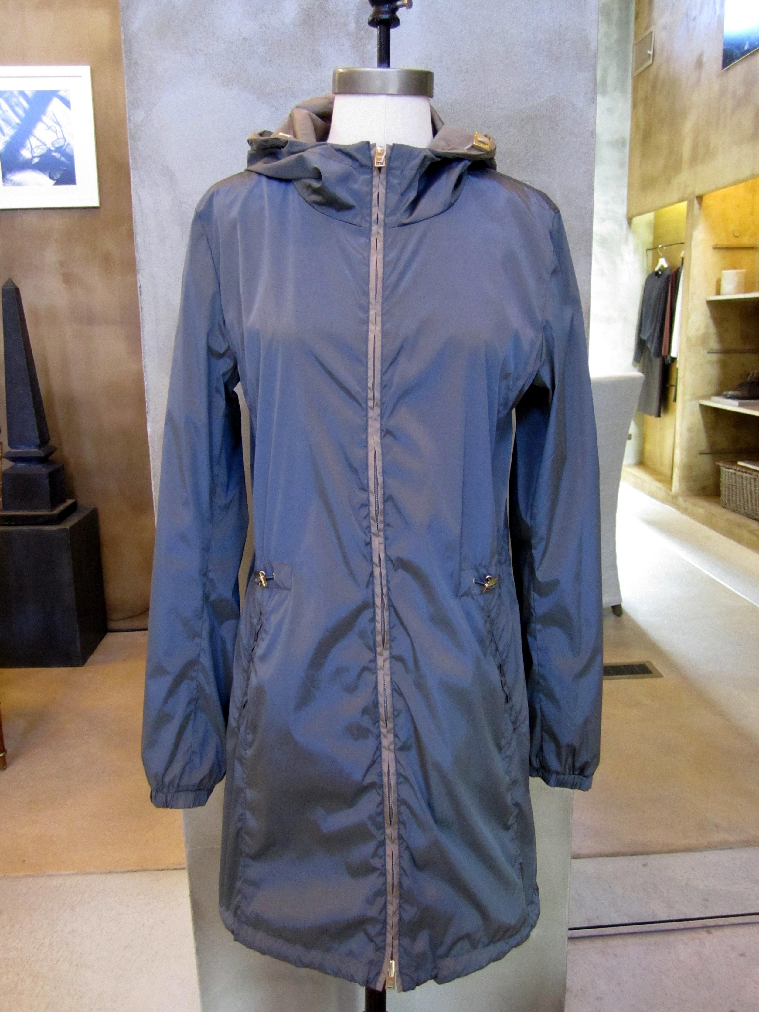 Herno Reversible Nylon Raincoat with Hood / Reverse Side. Dark Grey.