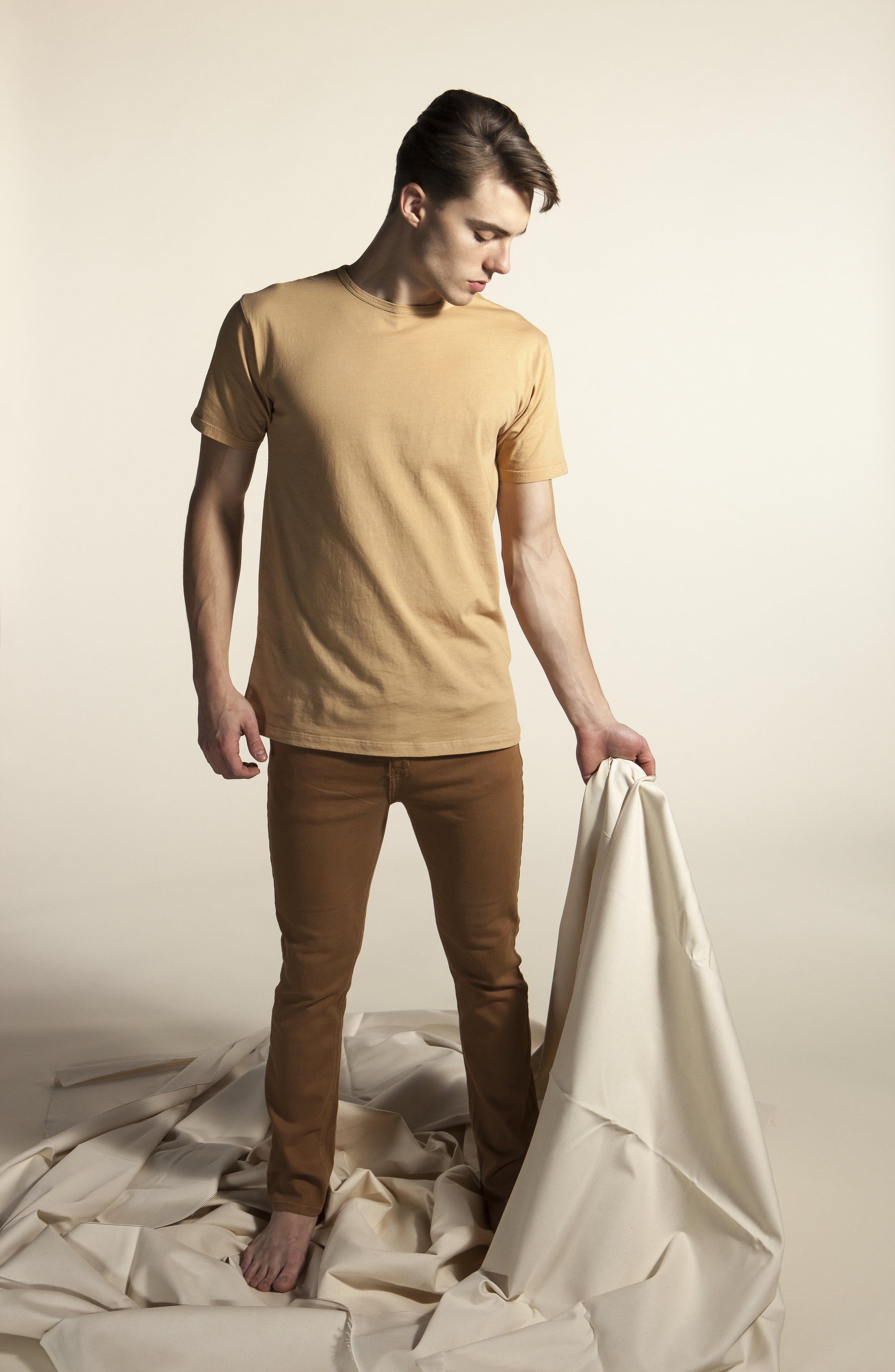 Wide w.cloth.jpg