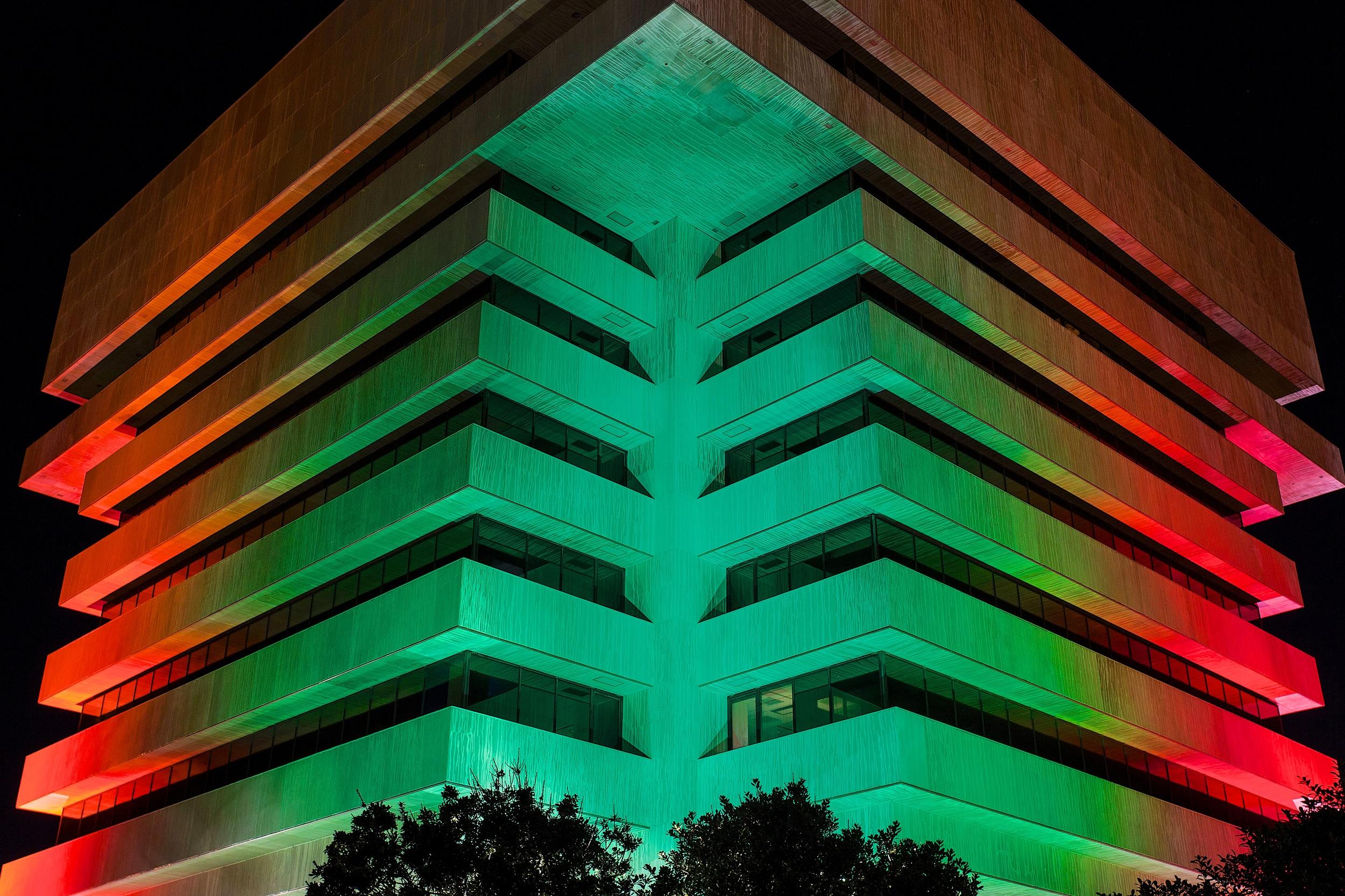 December - Green & Red (Christmas & Kwanzaa)