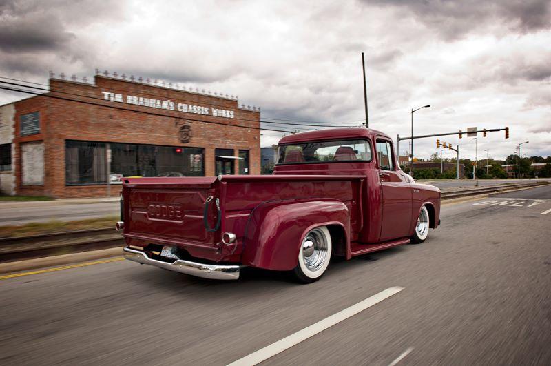 Dodge pick up 1.jpg