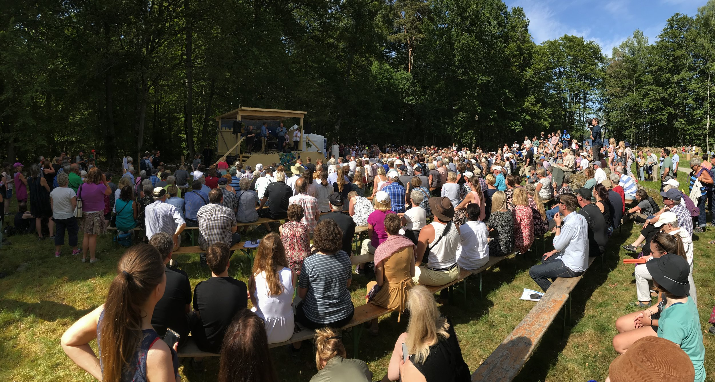 Fullproppat intresse när Björn Risinger, GD på Naturvårdsverket,tar till orda, tyvärr i avsaknad av högtalaranläggning...